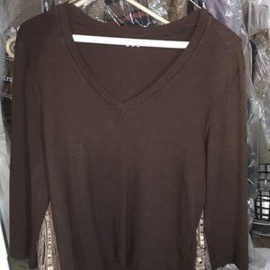 Tops - Gently used long sleeve v neck t shirt Size Large